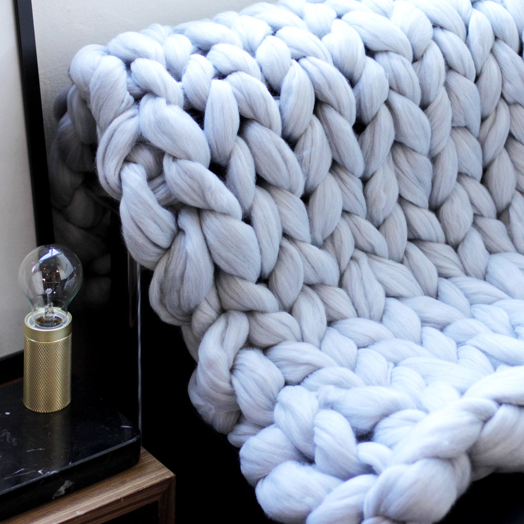 Chunky Giant Knit Throw / 21 Jul Sat 1300-1500 hrs