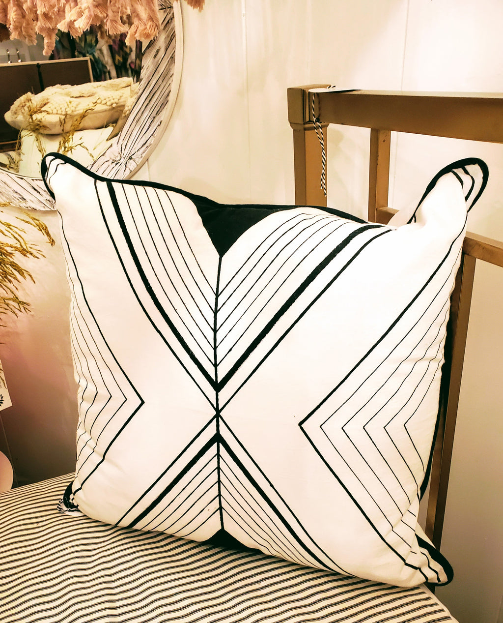 HOM Tri Lines pillow