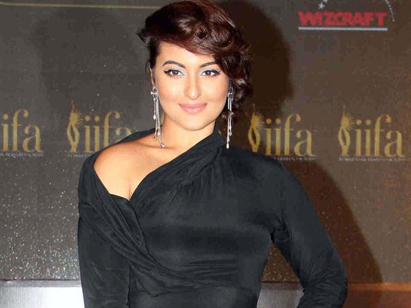 Sonakshi Sinha stunning new look at the IIFA Press Conference