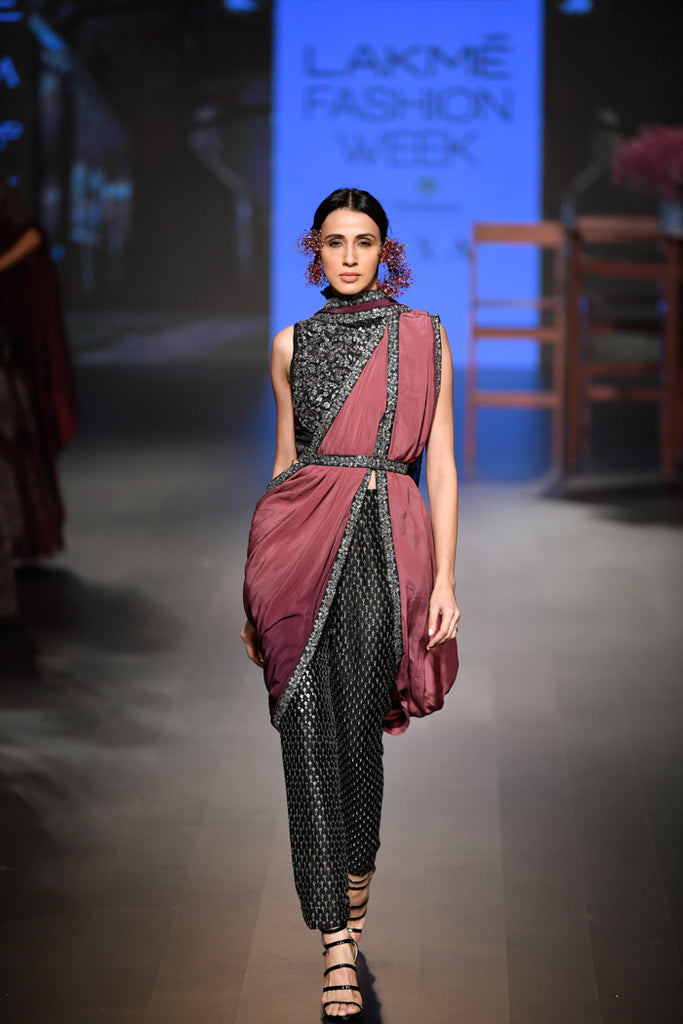 SVA-Saree-VOGUE.in