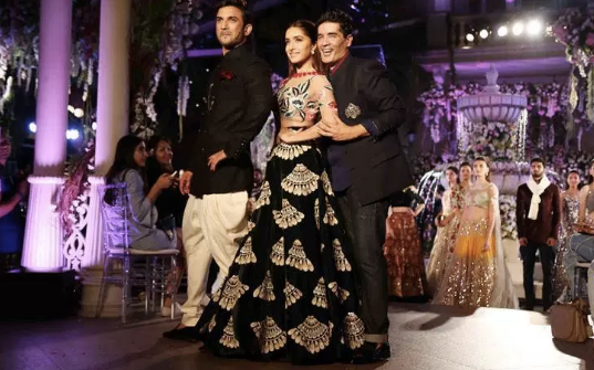 Manish Malhotra at LFW W/F 2016