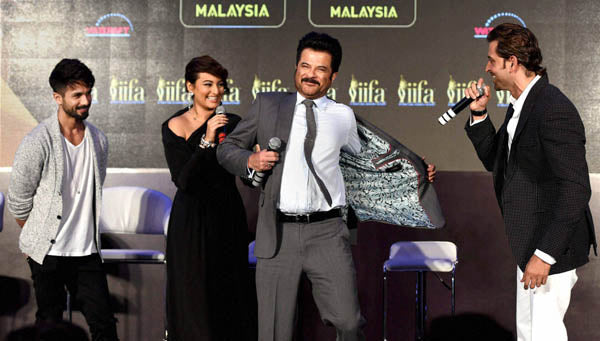 Shahid Kapoor, Hritik Roshan, Sonakshi Sinha & Anil Kapoor at the IIFA Press Conference