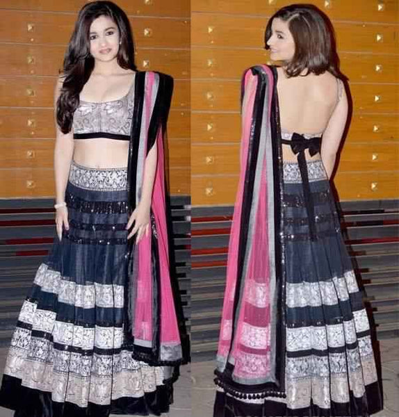 Alia Bhatt in a black Manish Malhotra Lehenga at FilmFare awards 2013