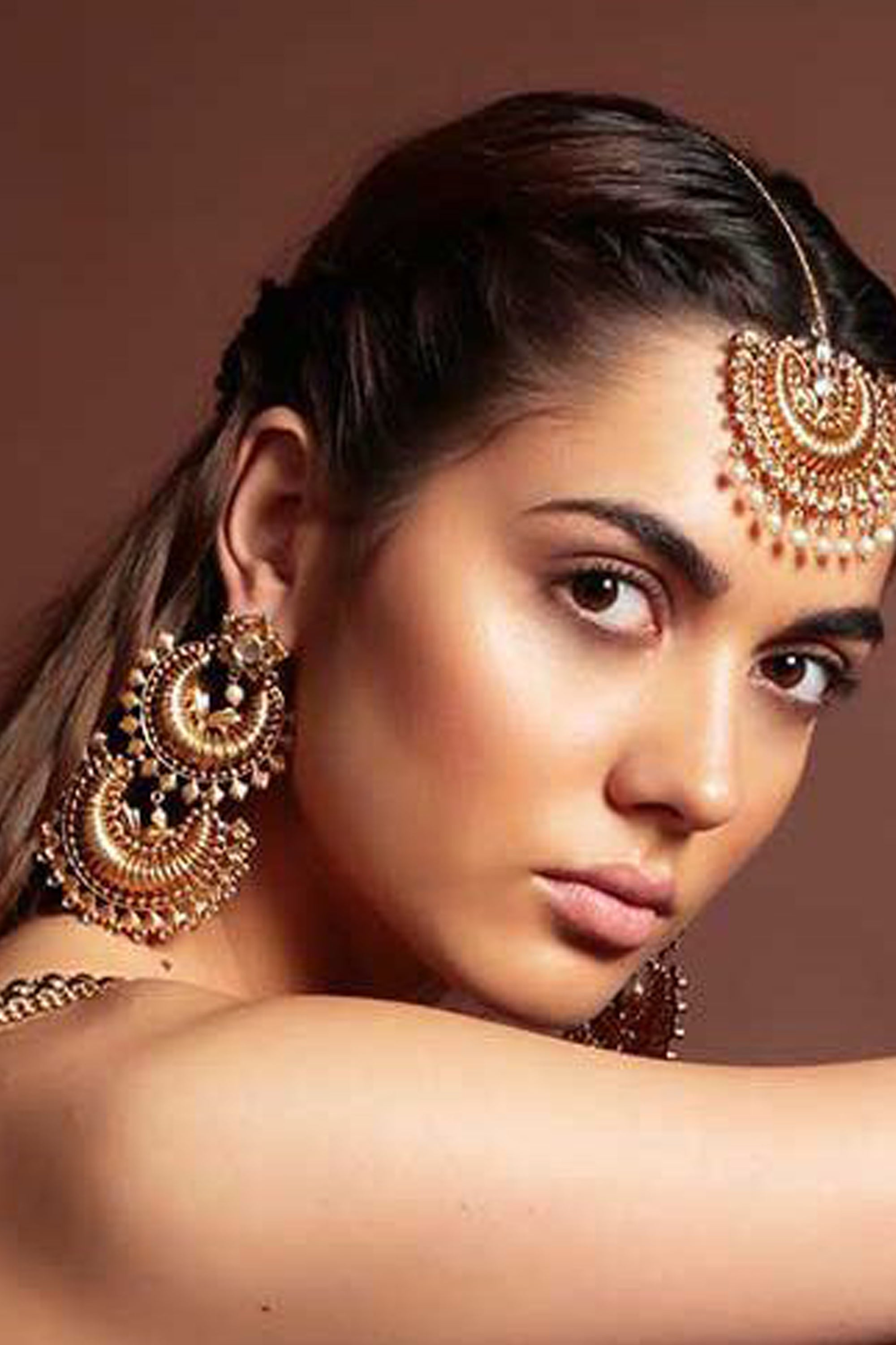 Chandini Chaandbali Earrings