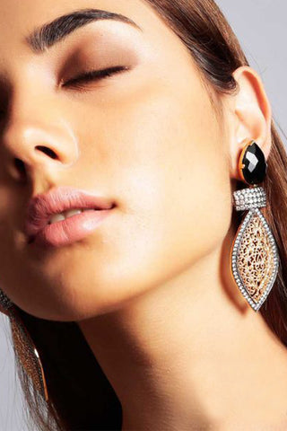 Ariya Earrings In Black