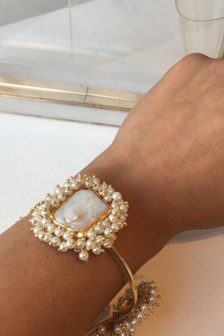 Sonam Pearl Ghungroo Bangle