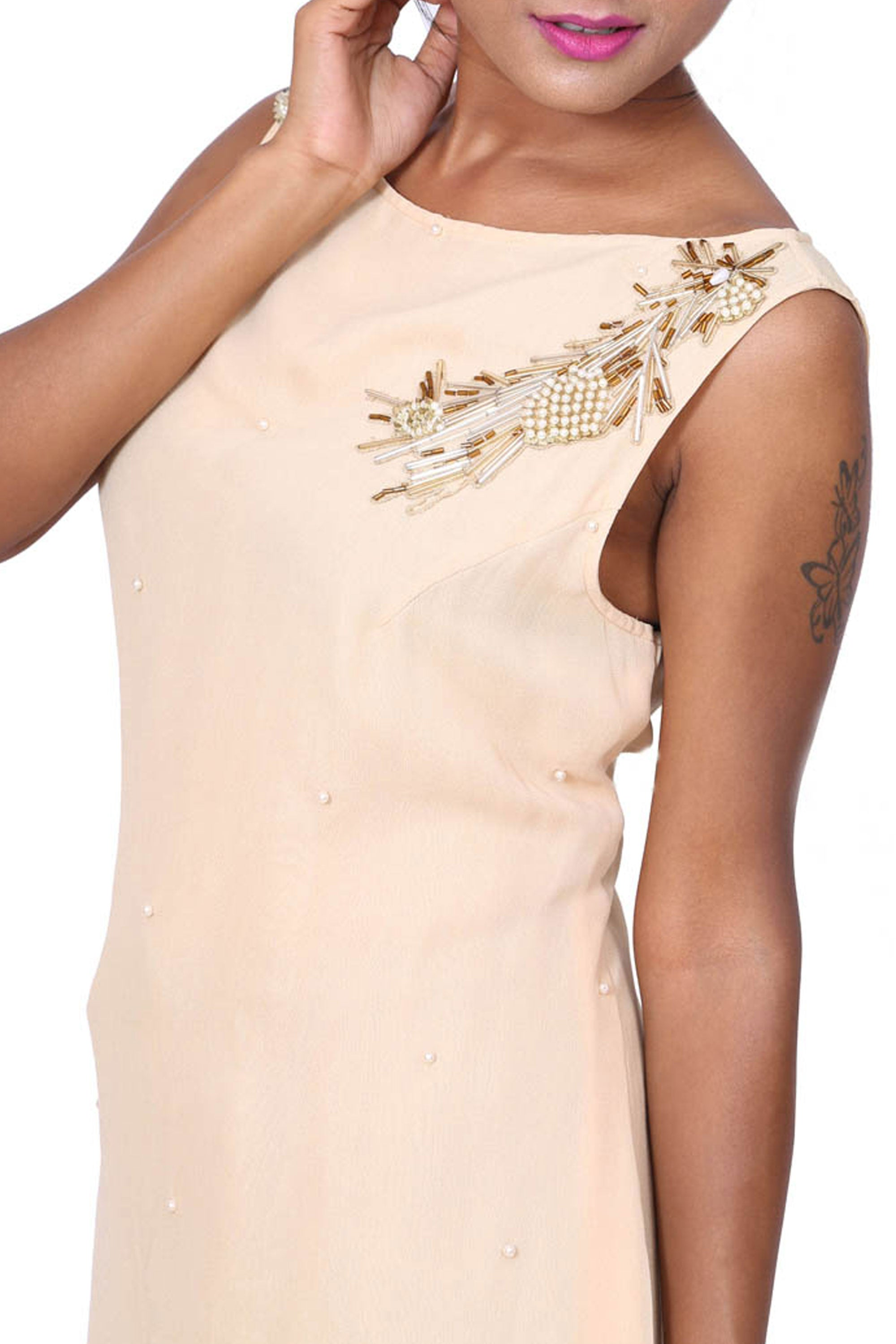 Ivory Sleeveless Short Tunic Closeup