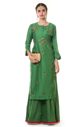 Green Hand Embroidered Floral Kurta FRONT