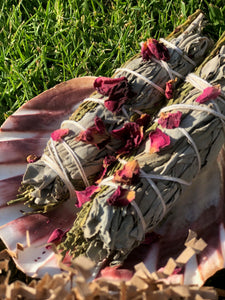 White Sage with Moroccan Rose Buds Smudge Stick
