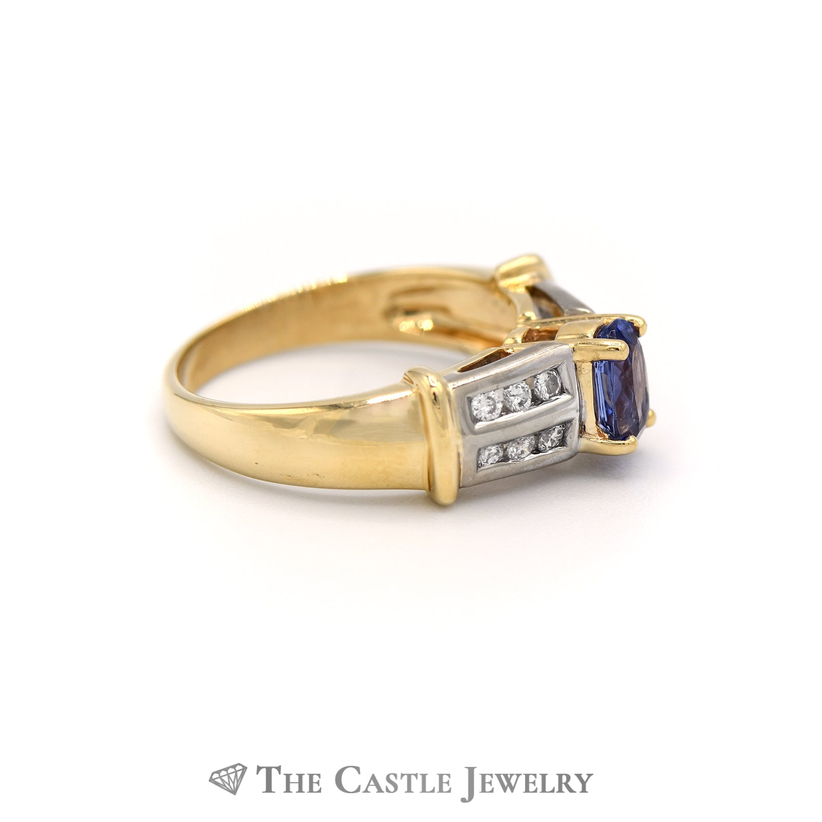 Gorgeous Oval Tanzanite Ring, Round Brilliant Cut Diamond Sides in Yellow Gold-2