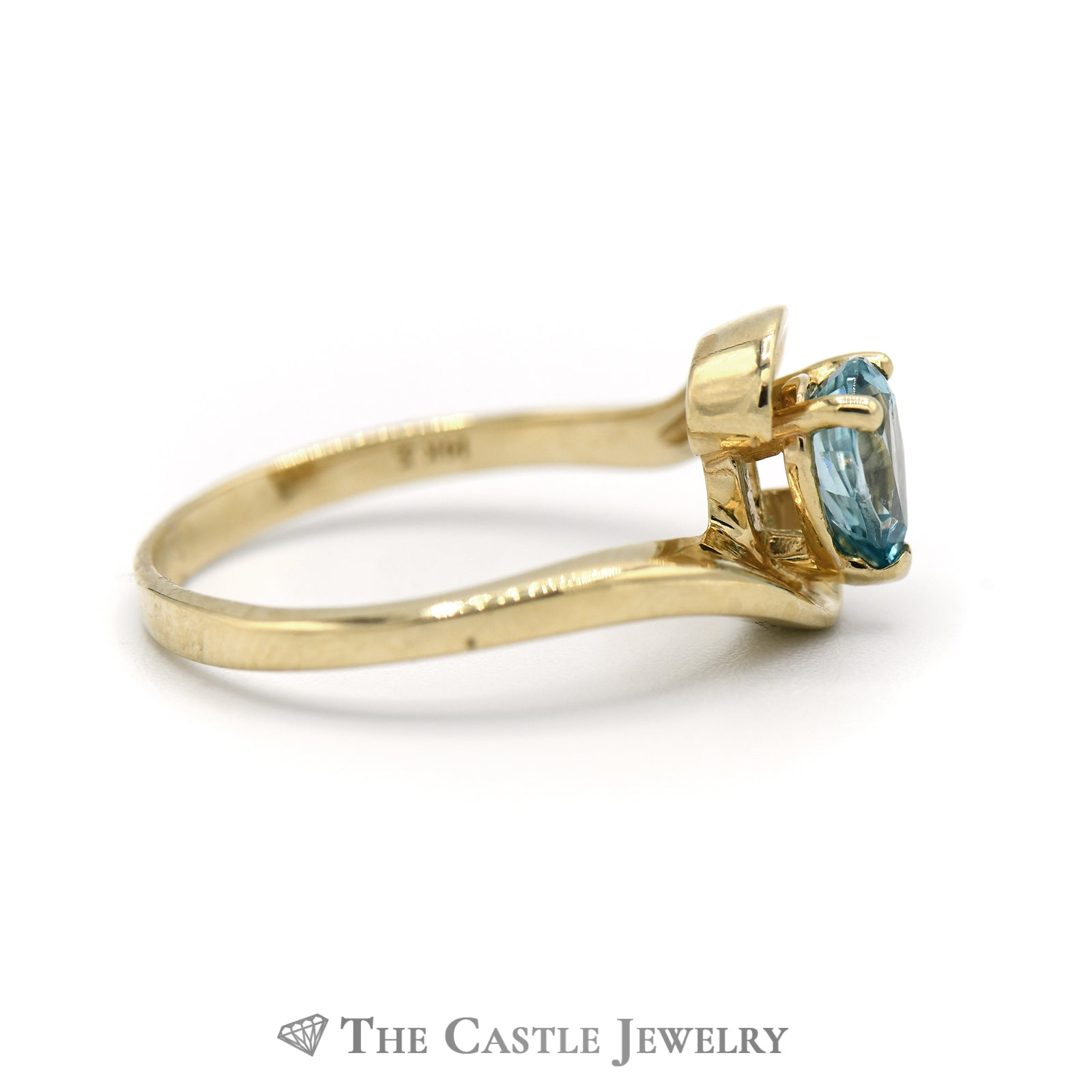 Pear Shape Blue Topaz Ring in Bypass Designed Mount-2