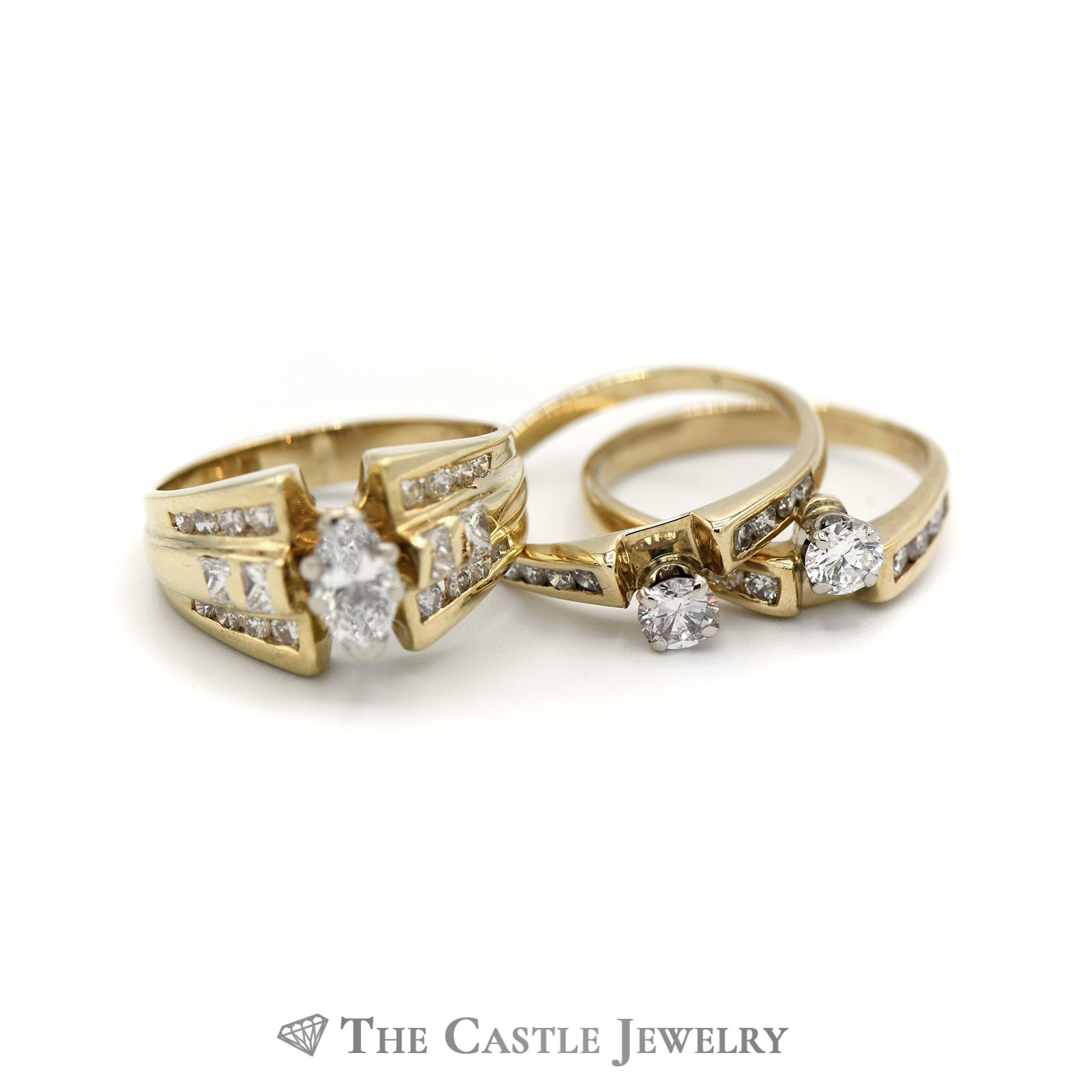 Unique 2cttw Diamond Bridal Set Crafted in 14K Yellow Gold-3