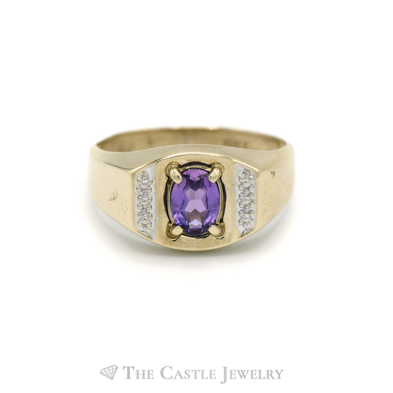 Men's Oval Cut Amethyst Ring in 10KT Yellow Gold