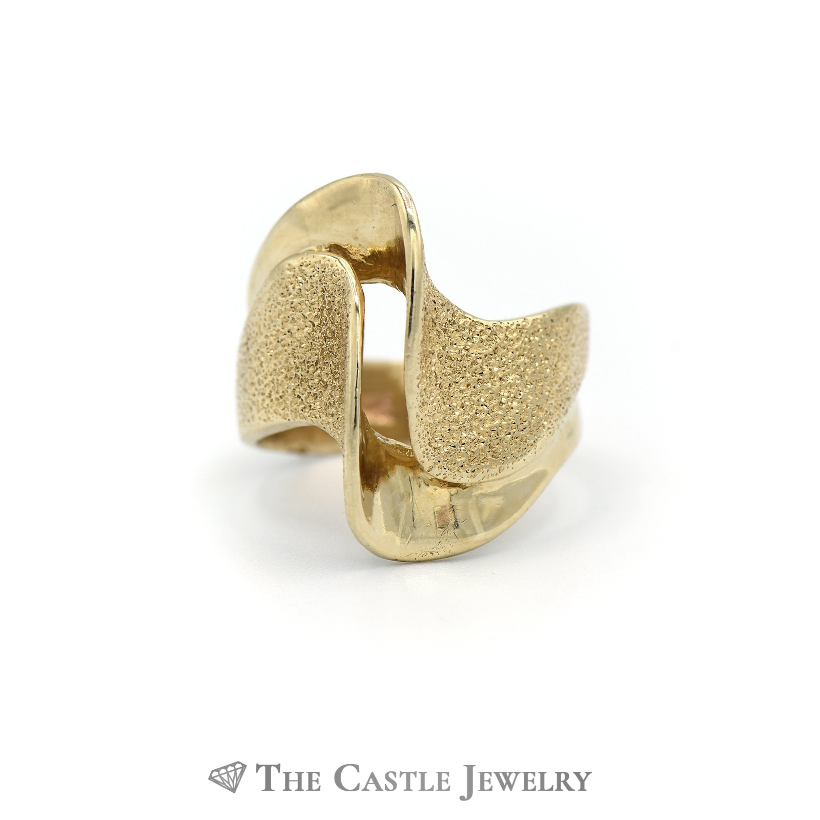 Lovely Split Wave Design Solid Gold Ring in 14K Yellow Gold