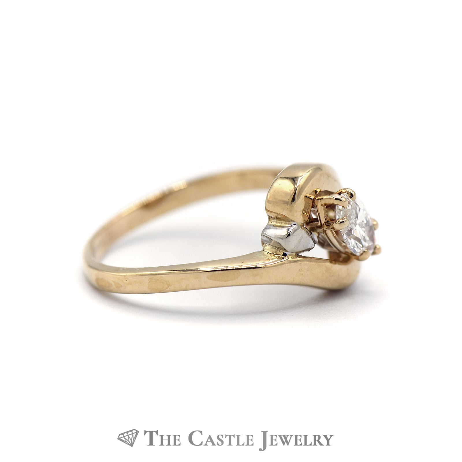 Charming Marquise Diamond Solitaire Ring in Yellow Gold-2