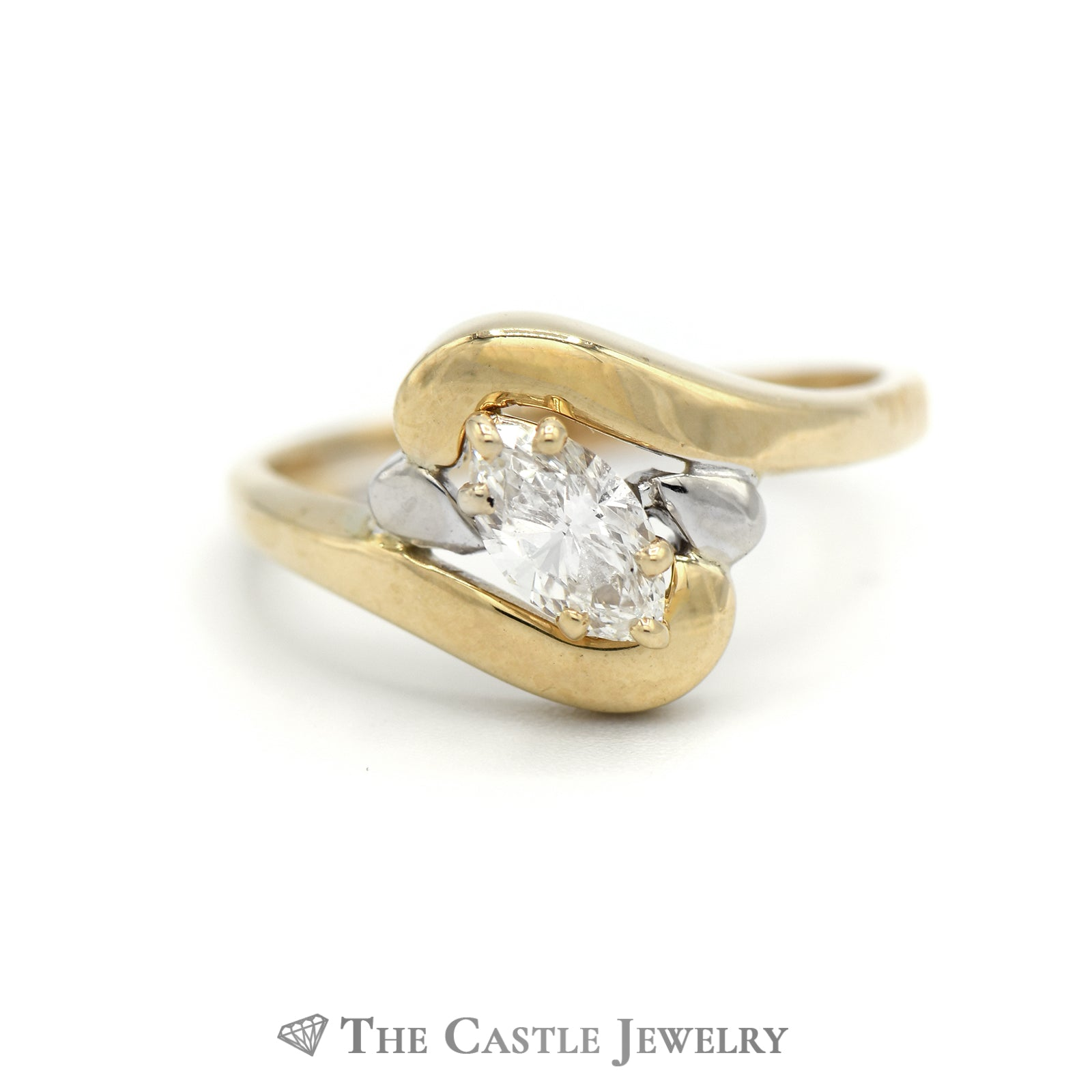 Charming Marquise Diamond Solitaire Ring in Yellow Gold