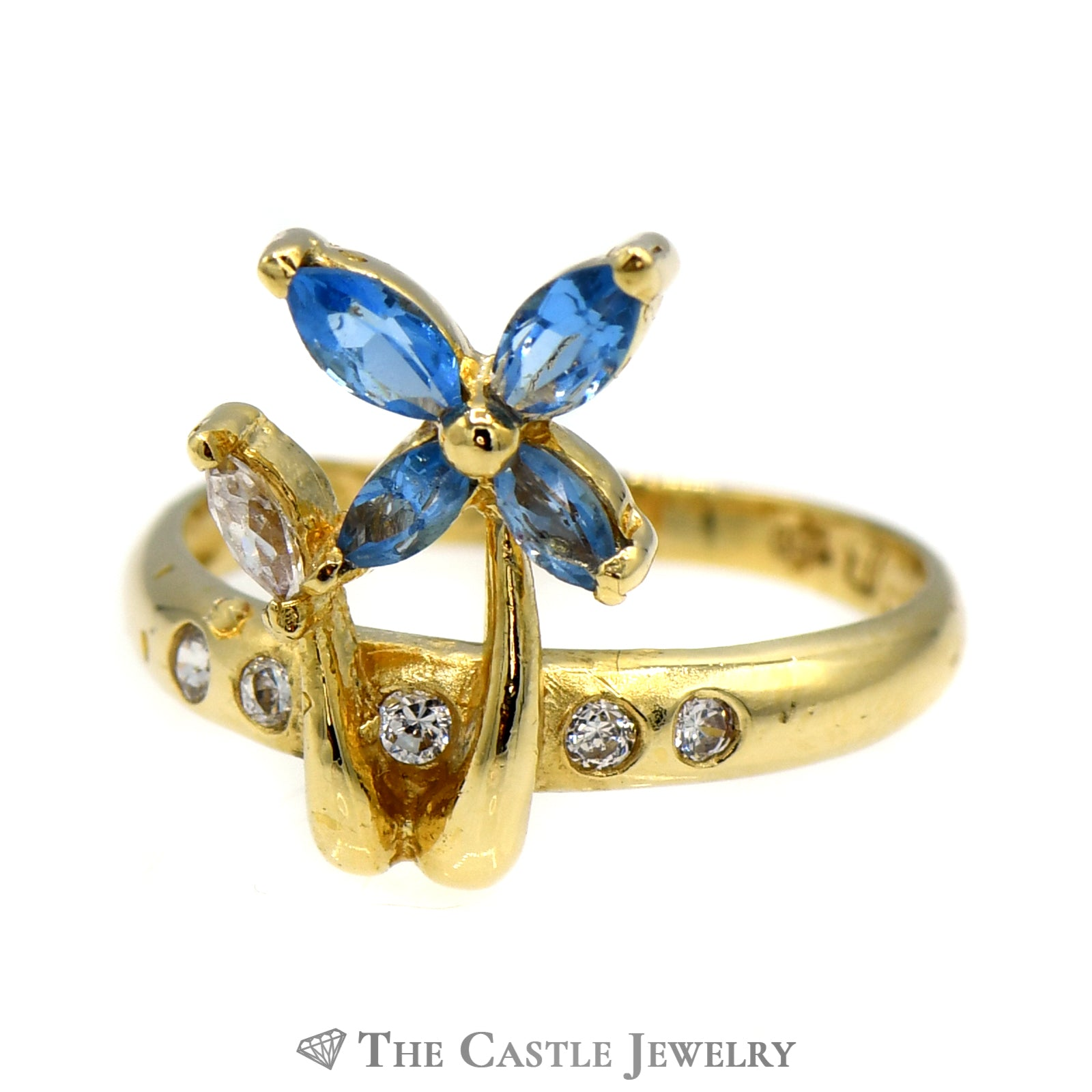 Blue Topaz & Cubic Zirconia Flower Designed Ring in 18k Yellow Gold
