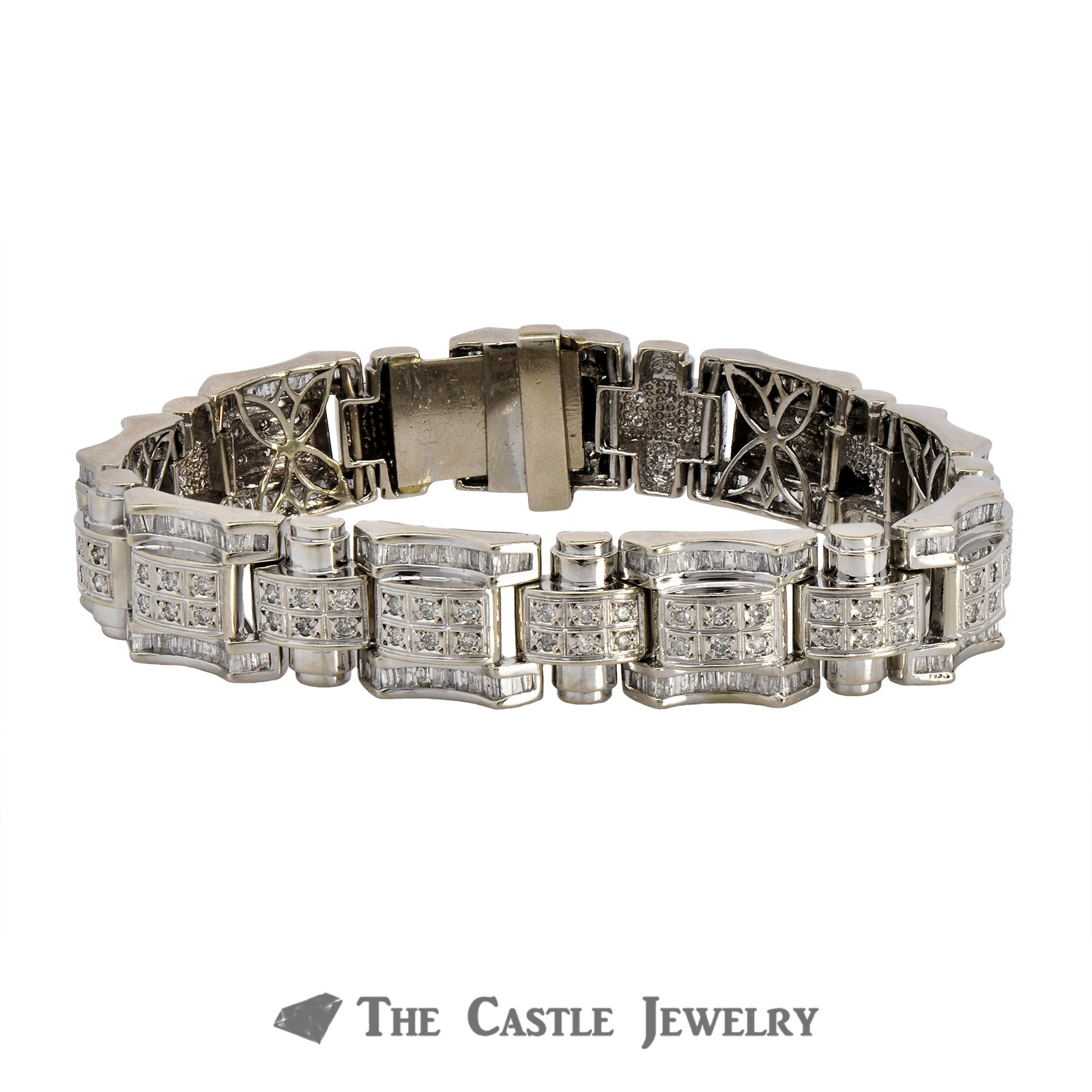 Men's Bracelet Crafted in 14K White Gold with Links Covered in Diamonds