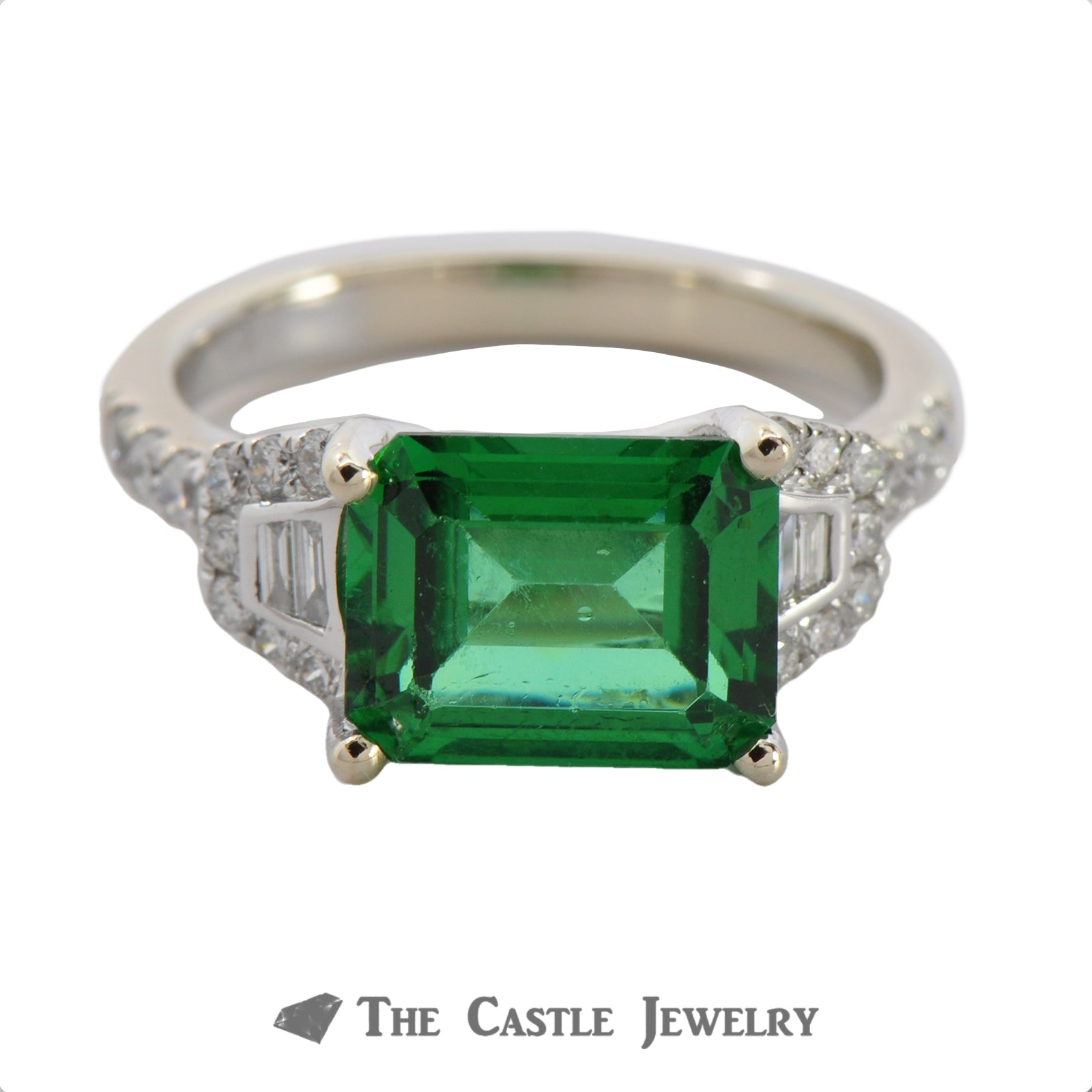 Side Set Green Spinel Ring with Baguette & Round Diamond Mounting
