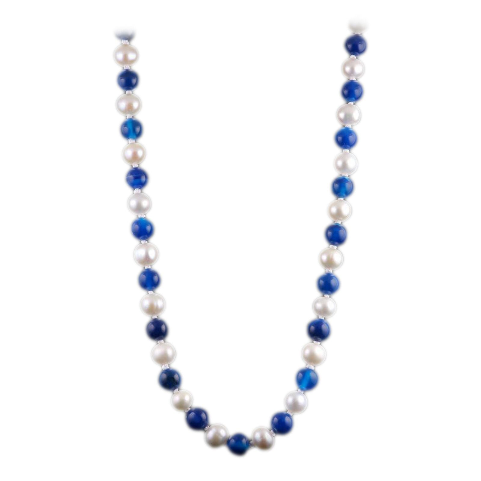University of Kentucky Wildcats Blue Agate and White Pearl 18″ Necklace