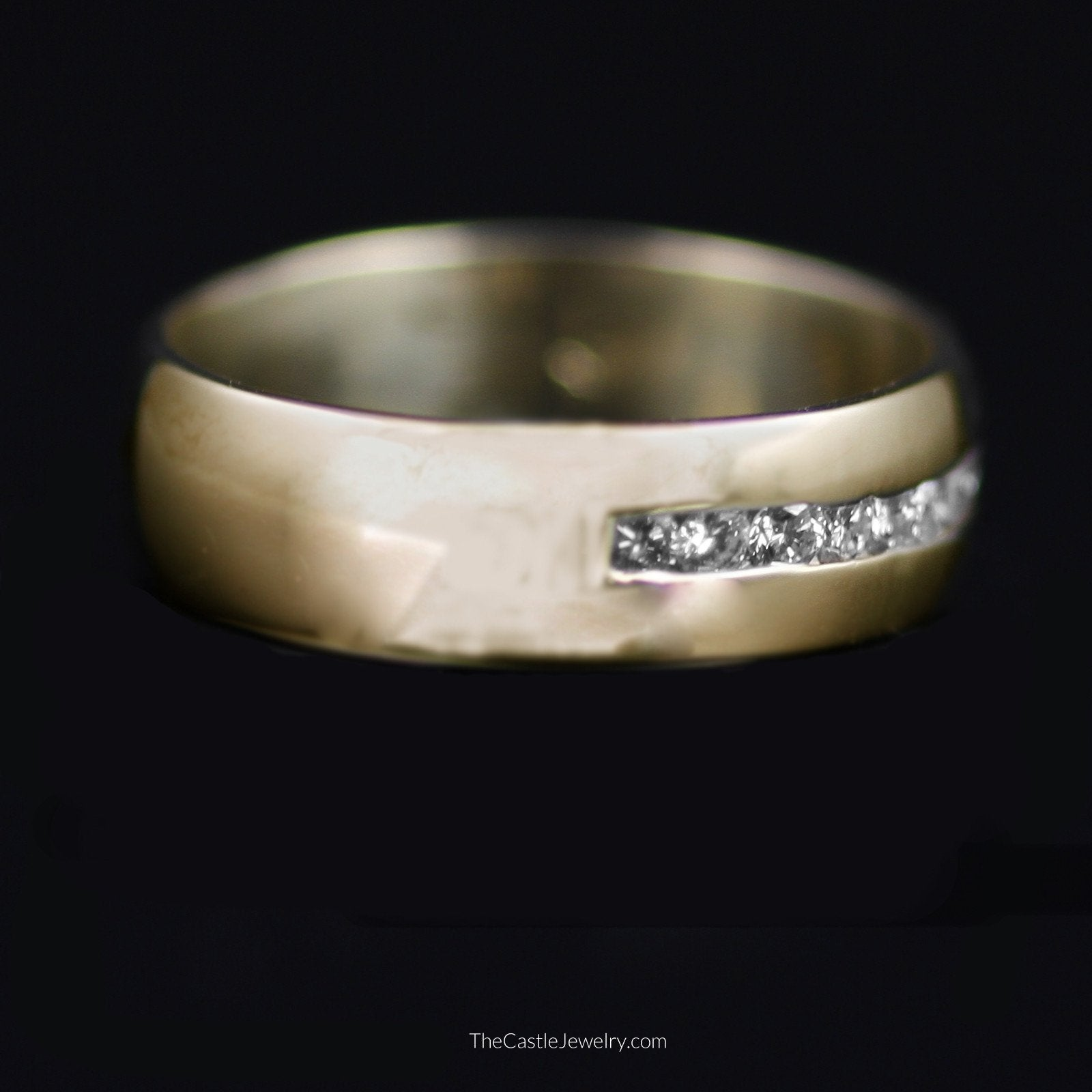Gent's Channel Set Round Brilliant Cut Diamond Wedding Band in 14K Yellow Gold
