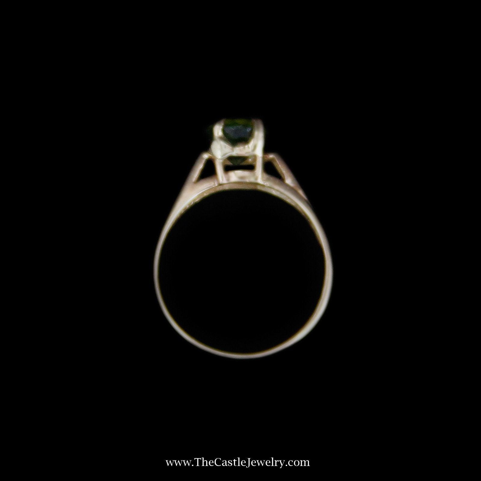 Charming Oval Peridot Solitaire Gemstone Ring in 14k Yellow Gold-1