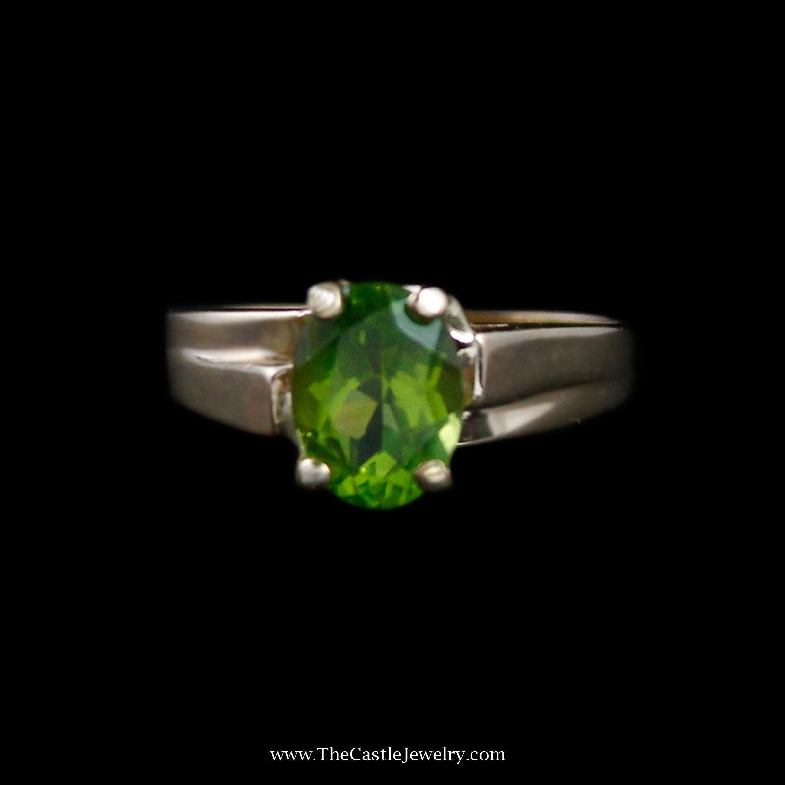 Charming Oval Peridot Solitaire Gemstone Ring in 14k Yellow Gold