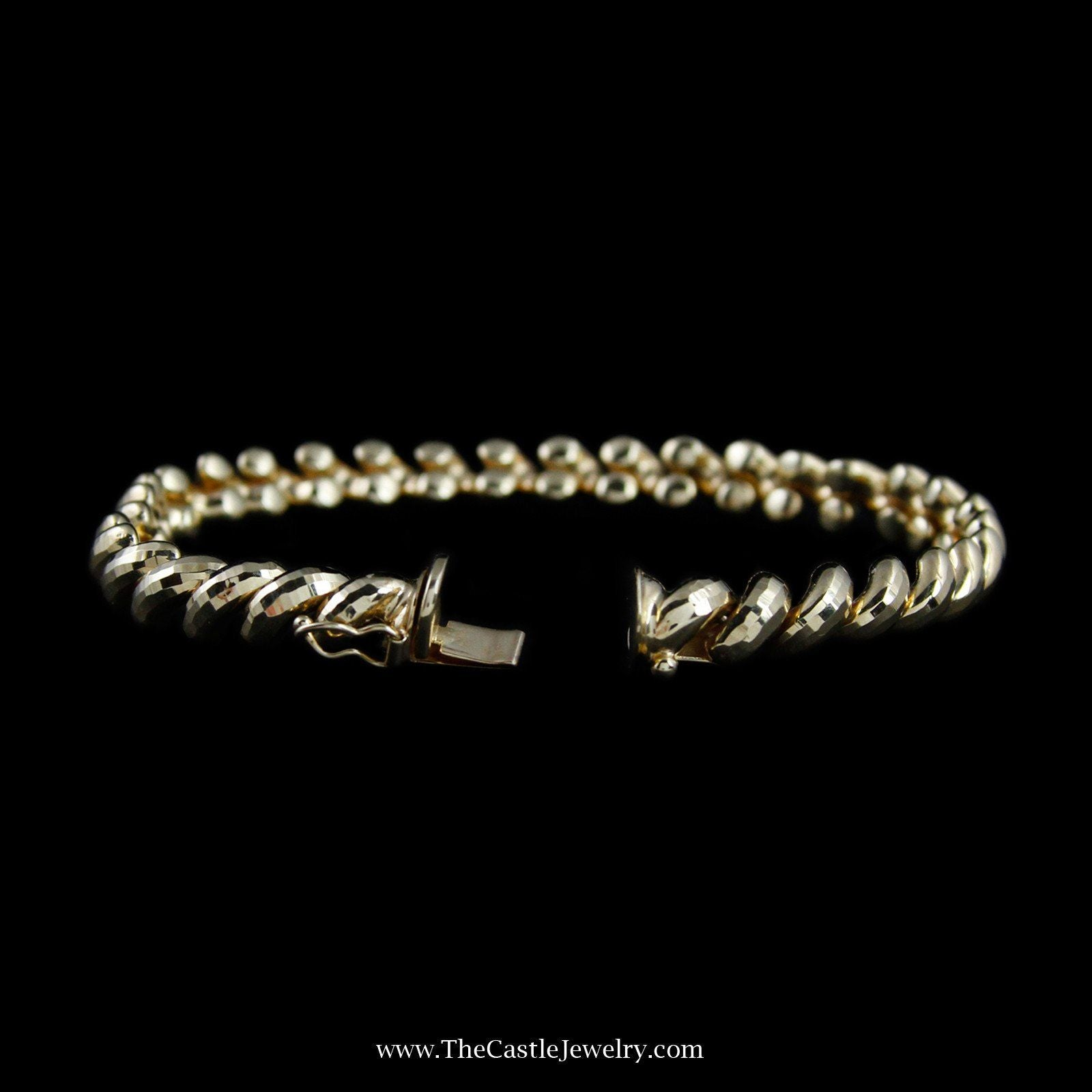 Beautiful San Marco Link Bracelet in Yellow Gold-1