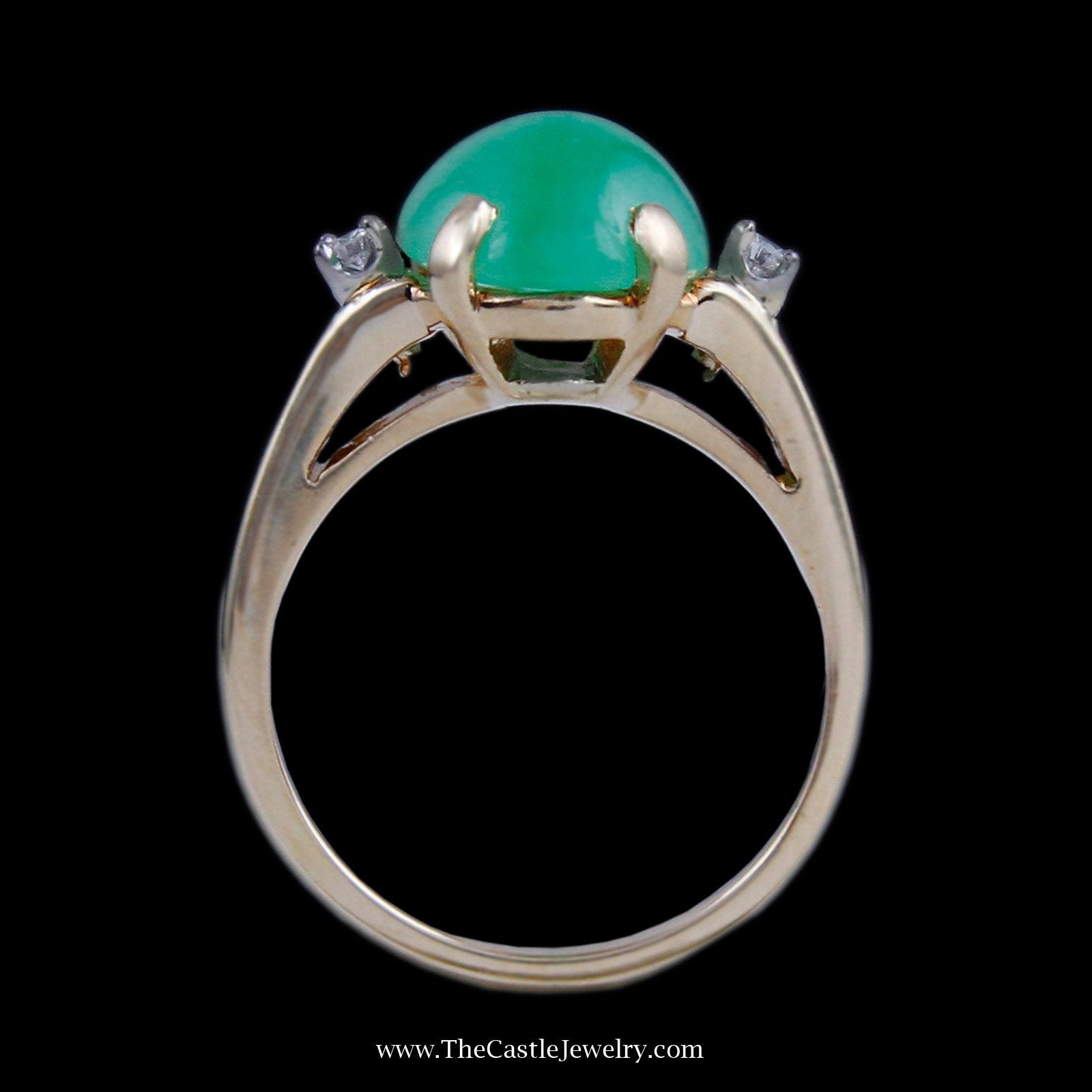 Beautiful Cabochon Jade with Round Brilliant Cut Diamond Accents in Yellow Gold-1