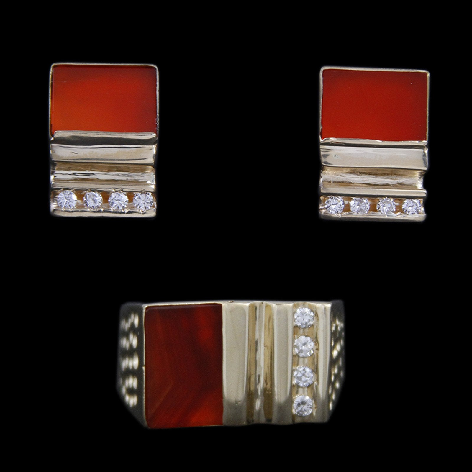 Gents Square Flat Set Sardonyx with Channel Set Diamonds & Dimpled Sides in 14K Yellow Gold-3