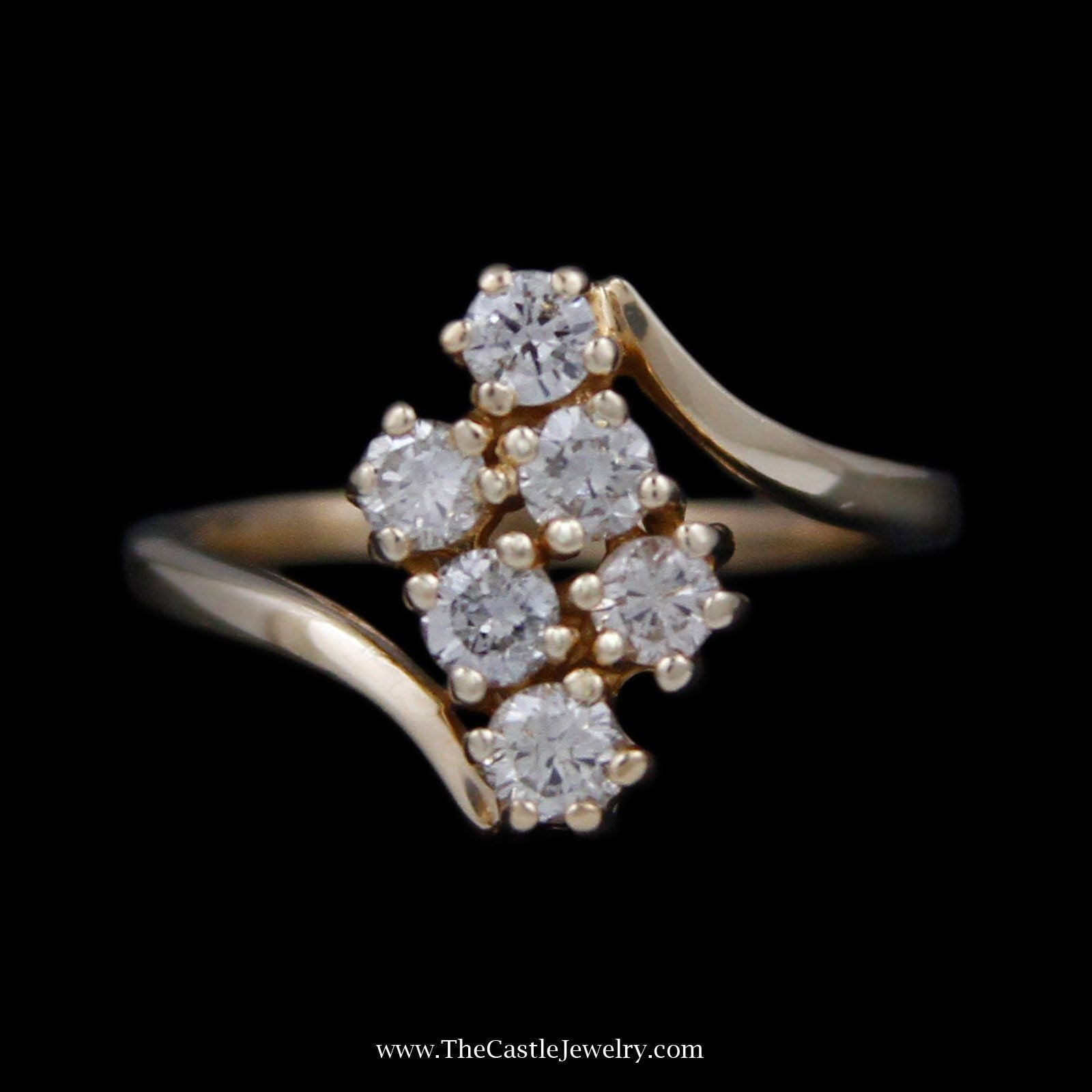 Double Diagonal Row .75cttw Round Diamond Cluster Ring in Bypass Design Mounting