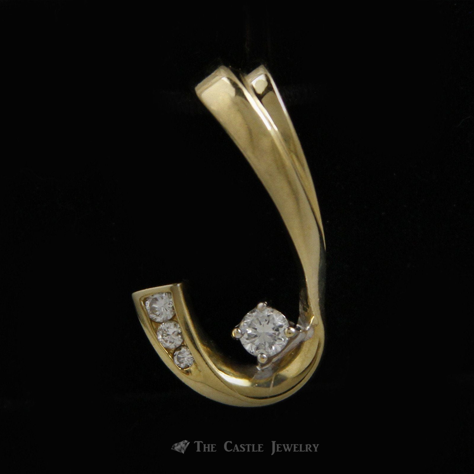 J Style .25cttw Diamond Pendant in 14K Yellow Gold