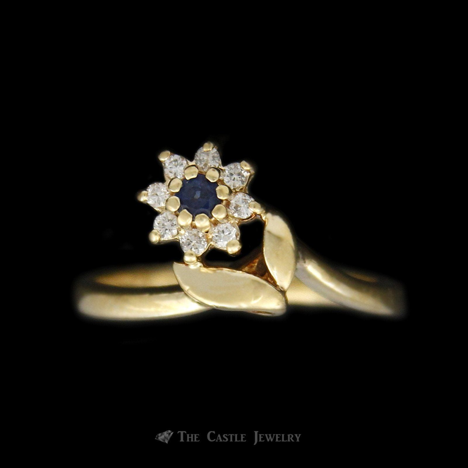 Sapphire and Diamond Flower Ring in 14K Yellow Gold
