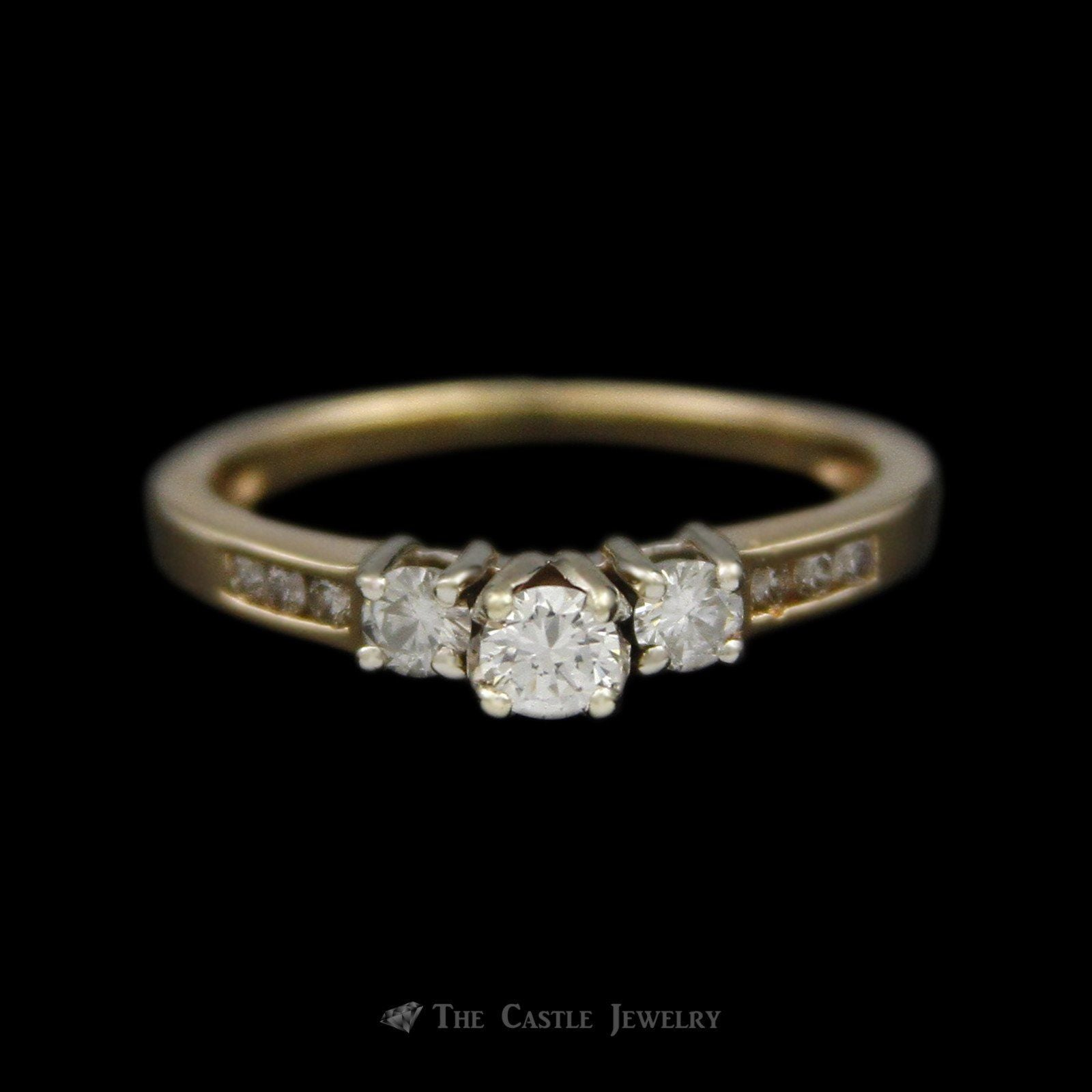 Round Brilliant Cut Diamond Bridal Ring with Round Diamond Sides Crafted in 14K Yellow Gold