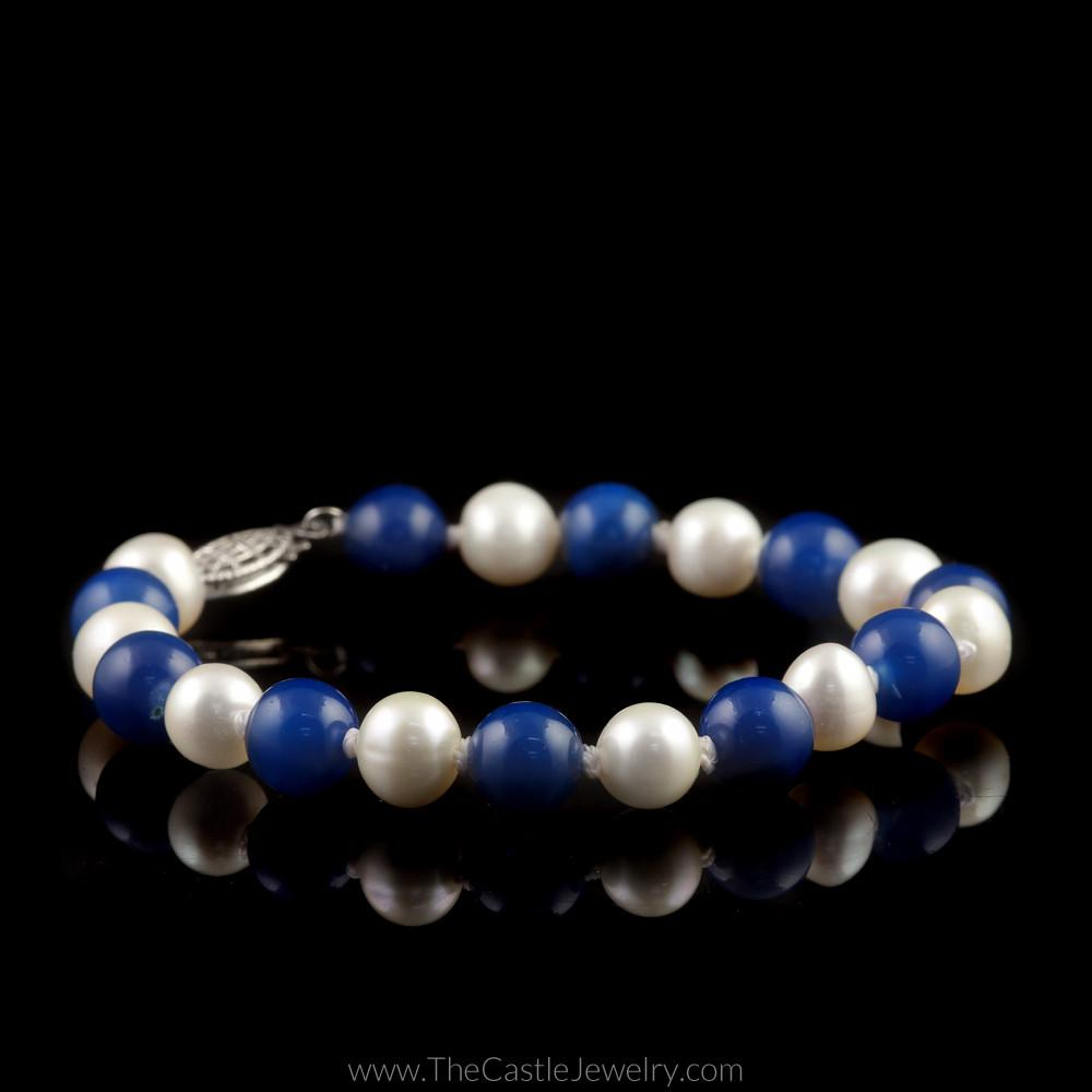 University of Kentucky Wildcats Blue Agate and White Pearl 7.5″ Bracelet