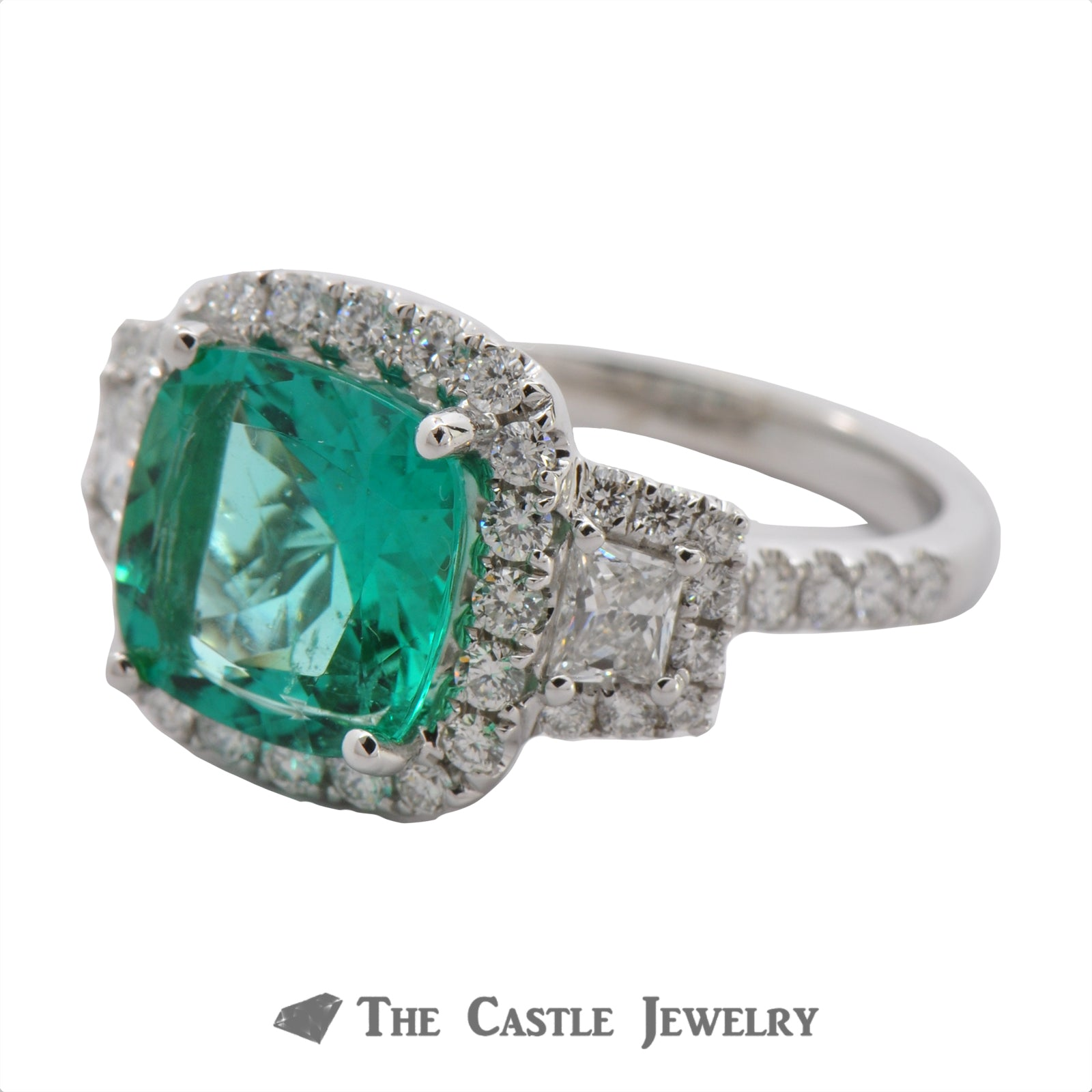 Cushion Cut Emerald Ring in a 18K White Gold Diamond Mounting-2