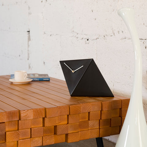 Table Clock by Gie El Home