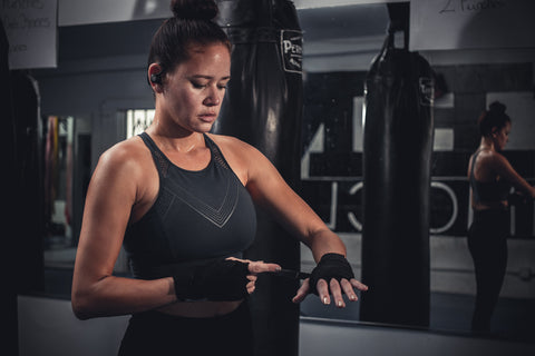 ragazza boxe con epic air elite