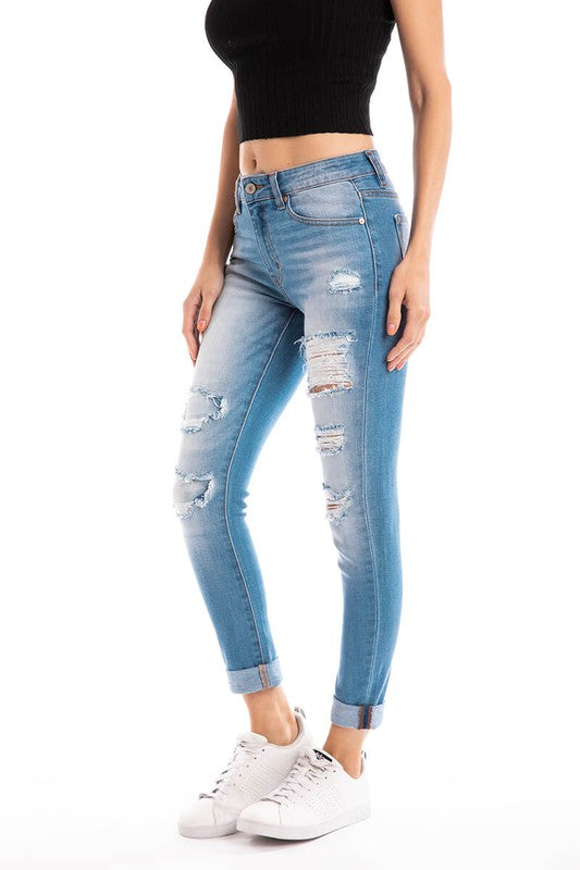 KanCan Mid Rise Light Wash Jeans