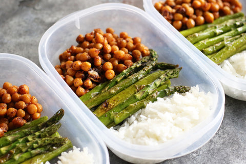 Maple-Garlic-Chickpeas-with-Asparagus-&-Rice