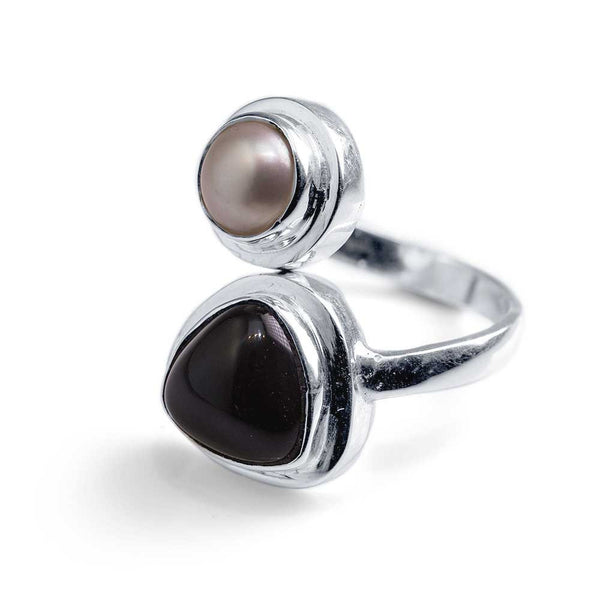 Bypass Ring with Onyx and Pearl