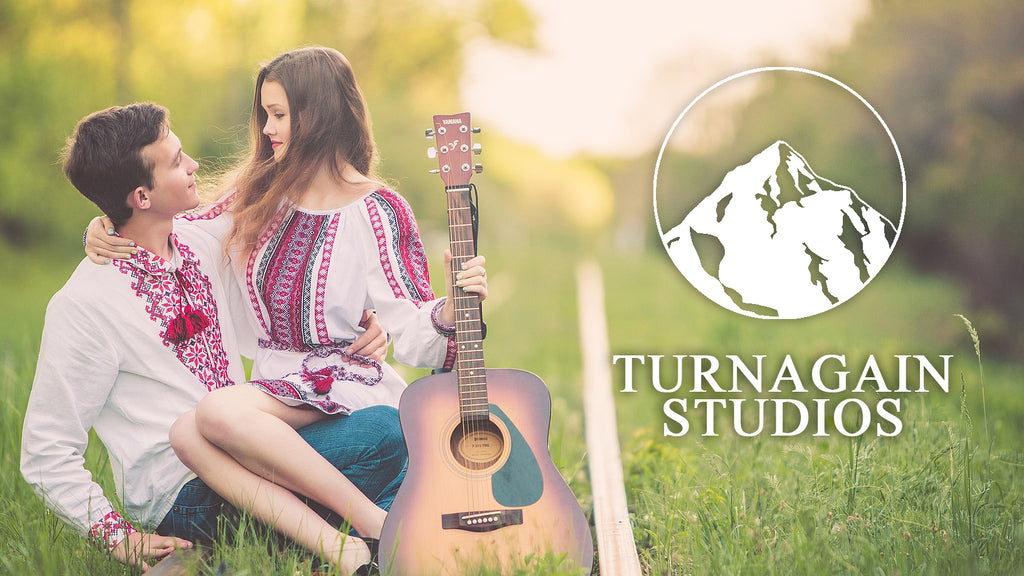 TURNAGAIN STUDIOS $300.00 CERTIFICATE VALID FOR A 2-HR INDIVIDUAL OR FAMILY PHOTO SESSION.