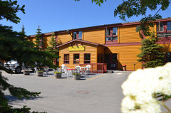 LONG HOUSE ALASKAN LODGE $126.50 CERTIFICATE VALID FOR (1) NIGHT DOUBLE KING ROOM