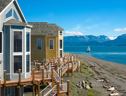 LANDS END $618.00 CERTIFICATE VALID FOR A (2) TWO NIGHTS STAY  IN A STARBOARD SUITE FOR 2-4 PEOPLE.