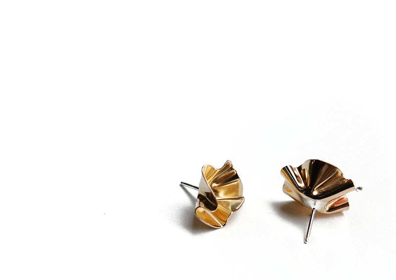 fil earrings // brass