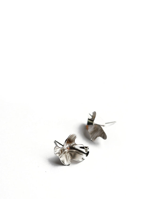 fil earrings // silver