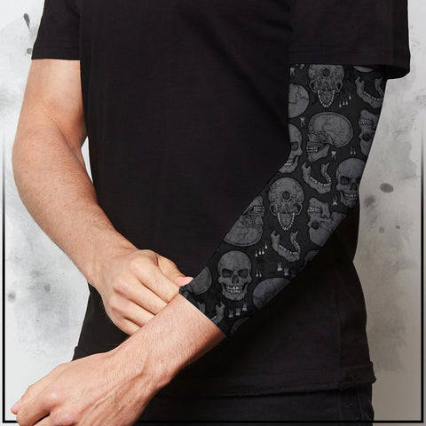 Apothic - Skulls Dark Grey Compression Arm Sleeve