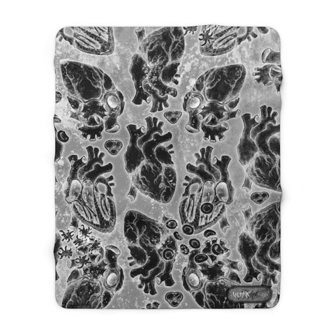Apothic Ink | Anatomical Heart X-Ray Pattern | Sherpa Fleece Blanket