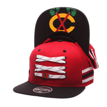 Load image into Gallery viewer, Chicago Blackhawks Red 'Locker Room' Snapback