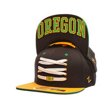 Load image into Gallery viewer, Oregon Ducks 'Eclipse' Snapback